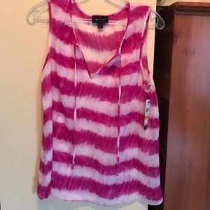 Sleeveless magenta and white thick striped top
